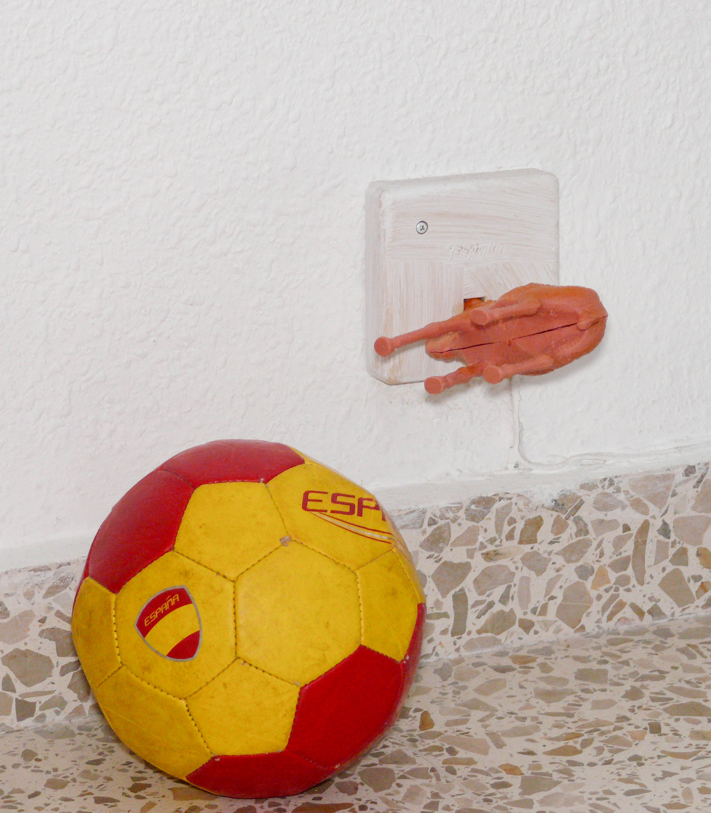 Baby proofing for idiots   Not So Spanish
